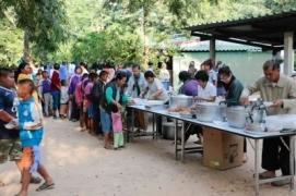 Donation of food to children by duron123 Fredigitalphotos.net