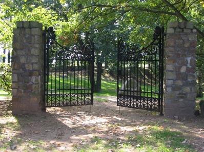 gate-16733_640