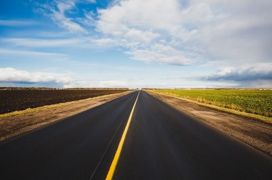 road-1031702_640