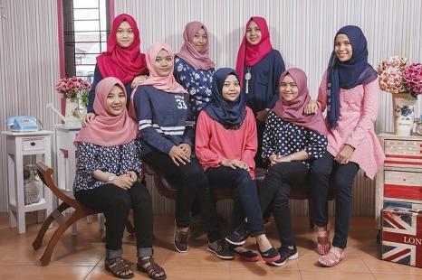 girls-1217951_640